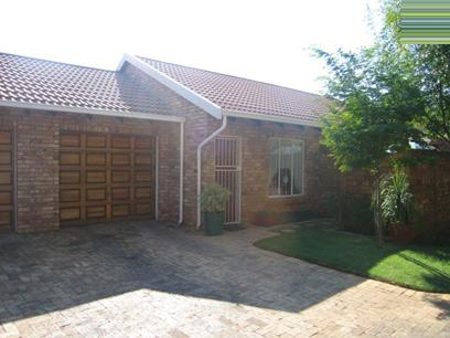 2 Bedroom Cluster For Sale in Wapadrand - Home Sell - MR34106