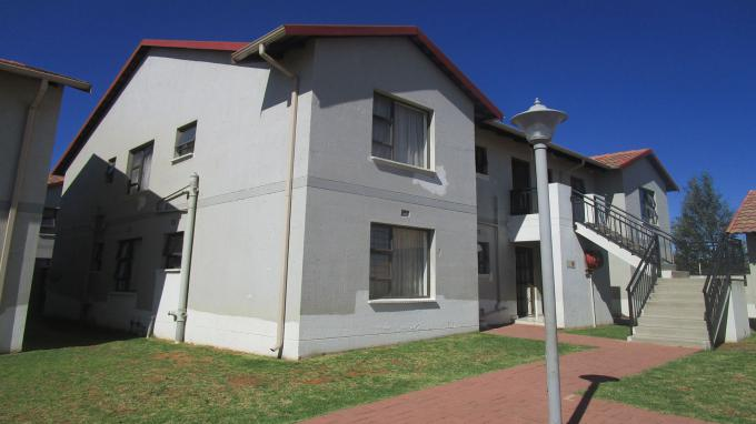 FNB Quick Sell 3 Bedroom Sectional Title for Sale in Parkrand - MR341403