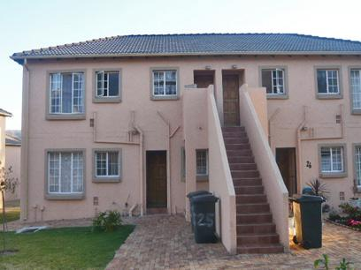 2 Bedroom Simplex for Sale and to Rent For Sale in Wilgeheuwel  - Private Sale - MR34261