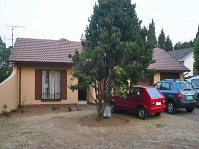 3 Bedroom House For Sale in Midrand - Private Sale - MR34272