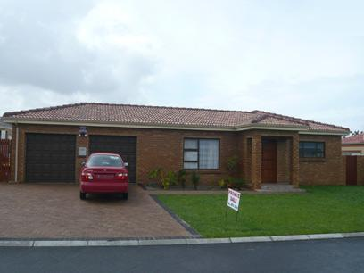 4 Bedroom House For Sale in Brackenfell - Private Sale - MR34273