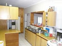 Kitchen - 18 square meters of property in Brackenfell