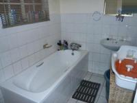 Main Bathroom - 6 square meters of property in Florida