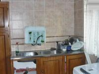 Kitchen - 14 square meters of property in Alberton