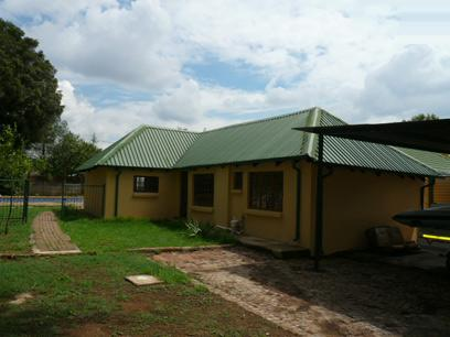 2 Bedroom House for Sale and to Rent For Sale in Rietfontein - Private Sale - MR34291