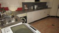 Kitchen - 22 square meters of property in Krugersdorp