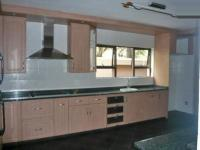 Kitchen - 13 square meters of property in Bedfordview