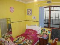 Bed Room 1 - 10 square meters of property in Athlone - CPT