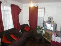 Lounges - 12 square meters of property in Athlone - CPT