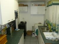 Kitchen - 13 square meters of property in Athlone - CPT