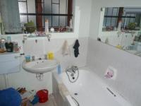 Bathroom 1 - 3 square meters of property in Athlone - CPT