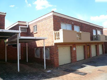 3 Bedroom Duplex for Sale For Sale in Moreletapark - Home Sell - MR34445