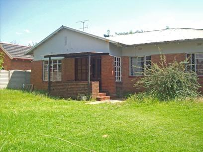 Standard Bank Repossessed 3 Bedroom House for Sale For Sale in Germiston - MR34455