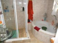 Main Bathroom of property in Benoni