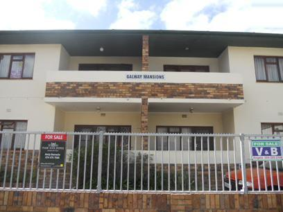 Standard Bank Repossessed 3 Bedroom Apartment on online auction in Bergvliet  - MR34507