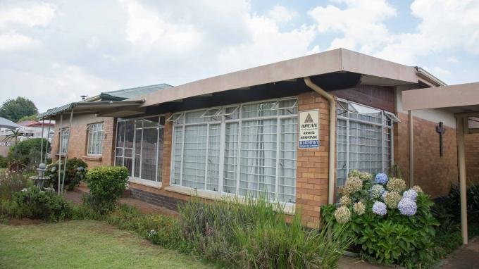Standard Bank EasySell 4 Bedroom House for Sale in Discovery - MR346767
