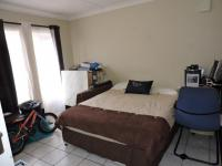 Bed Room 1 - 15 square meters of property in Discovery