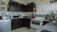 Kitchen - 27 square meters of property in Discovery