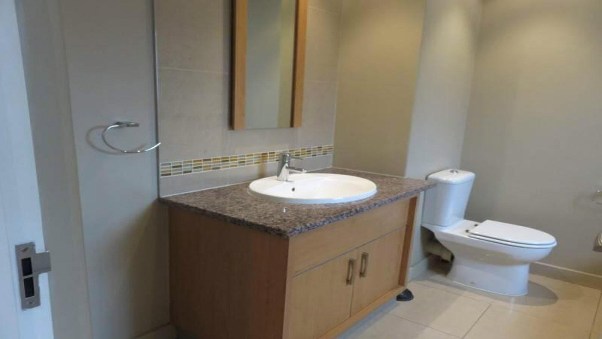Bathroom 1 of property in Wendywood