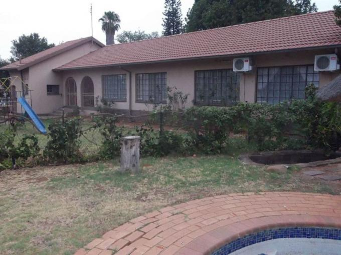 3 Bedroom House for Sale For Sale in Safarituine - MR347142