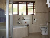 Main Bathroom - 9 square meters of property in North Riding A.H.