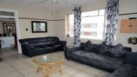 Lounges - 21 square meters of property in Bulwer (Dbn)