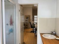 Bathroom 1 - 5 square meters of property in Claremont (CPT)