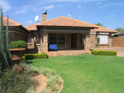 3 Bedroom House for Sale For Sale in Waverley - Private Sale - MR35101