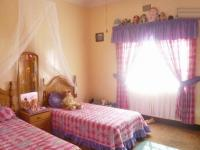 Bed Room 1 - 17 square meters of property in Primrose