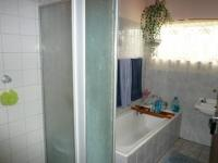Bathroom 1 - 6 square meters of property in Roseville