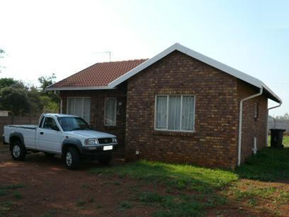2 Bedroom House for Sale For Sale in Hesteapark - Private Sale - MR35282