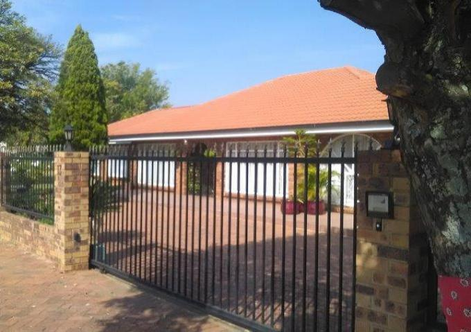 FNB SIE Sale In Execution 3 Bedroom House for Sale in Vereeniging - MR352841