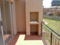 Patio - 7 square meters of property in Roodepoort