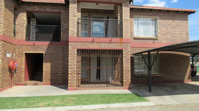 Standard Bank EasySell 3 Bedroom Sectional Title for Sale in Waterval East - MR353362