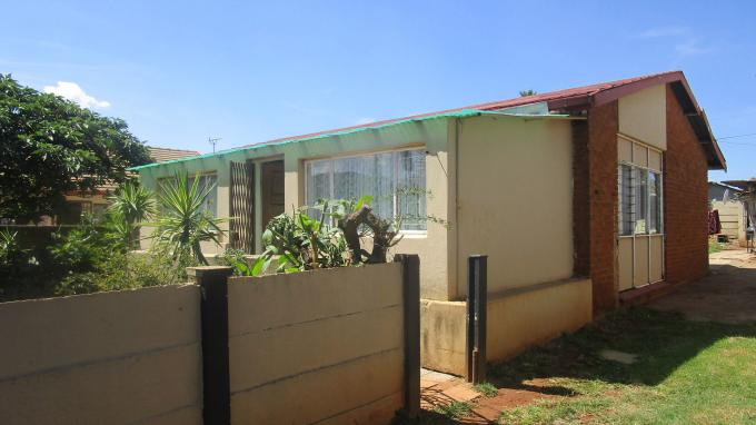 Standard Bank EasySell 3 Bedroom House for Sale in Claremont - JHB - MR353558