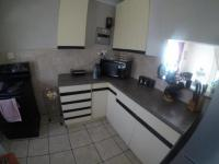 Kitchen - 13 square meters of property in Claremont - JHB