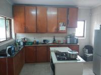 Kitchen - 27 square meters of property in Ocean View - DBN
