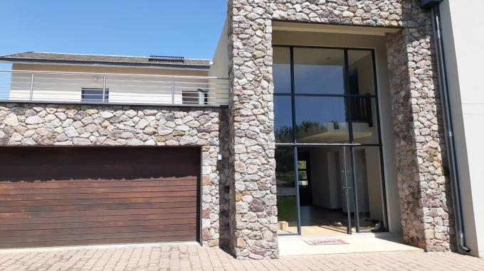 Standard Bank EasySell 3 Bedroom House for Sale in Pretoria Central - MR354506