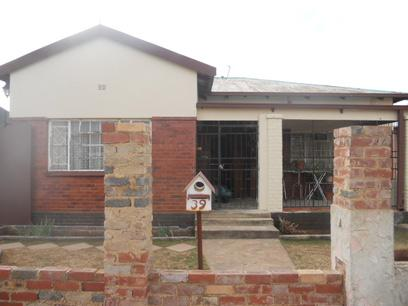 Standard Bank EasySell 3 Bedroom House for Sale For Sale in Roodepoort North - MR35485
