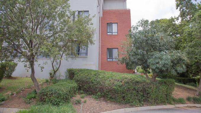 Standard Bank EasySell 1 Bedroom Sectional Title for Sale in Zandspruit - MR355298