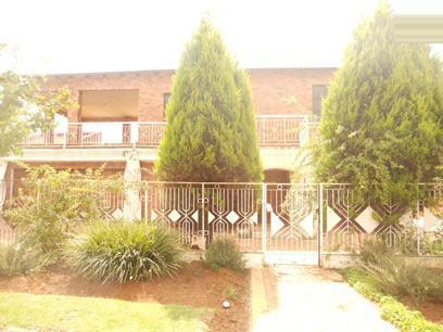 Standard Bank Repossessed 7 Bedroom House For Sale in Liefde en Vrede - MR35539