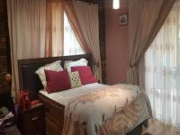 Main Bedroom - 20 square meters of property in The Orchards