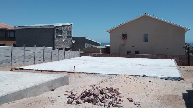 6 Bedroom House for Sale For Sale in Lamberts Bay - Home Sell - MR359268