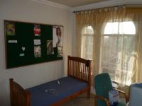 Bed Room 2 - 13 square meters of property in Weavind Park