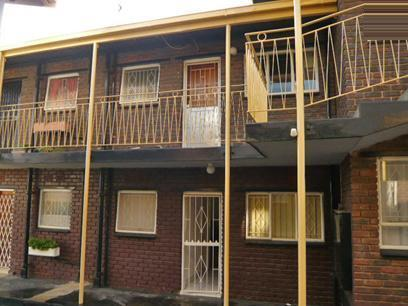 1 Bedroom Apartment for Sale For Sale in Roodepoort - Private Sale - MR36314
