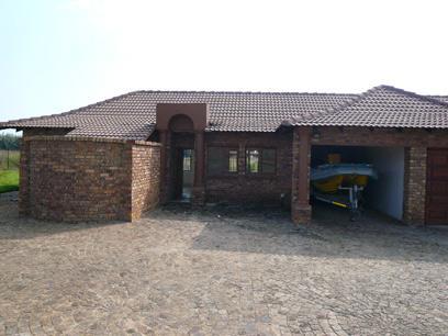3 Bedroom House For Sale in Mooiplaats - Home Sell - MR36338