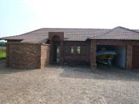 3 Bedroom 2 Bathroom in Mooiplaats