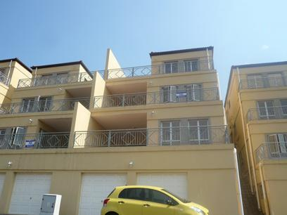 Standard Bank Repossessed 3 Bedroom Simplex on online auction in Amanzimtoti  - MR36440