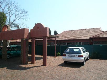 Standard Bank Repossessed 2 Bedroom House for Sale on online auction in Doornpoort - MR36451