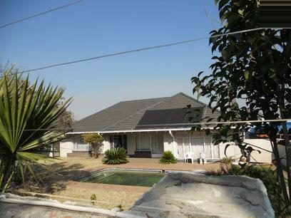 Standard Bank Repossessed 4 Bedroom House for Sale on online auction in Klippoortjie AH - MR36453